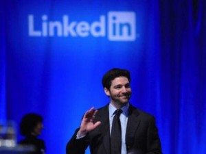 LinkedIn trains focus on fresh graduates, students
