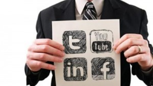 Stand out in job search with social media tools